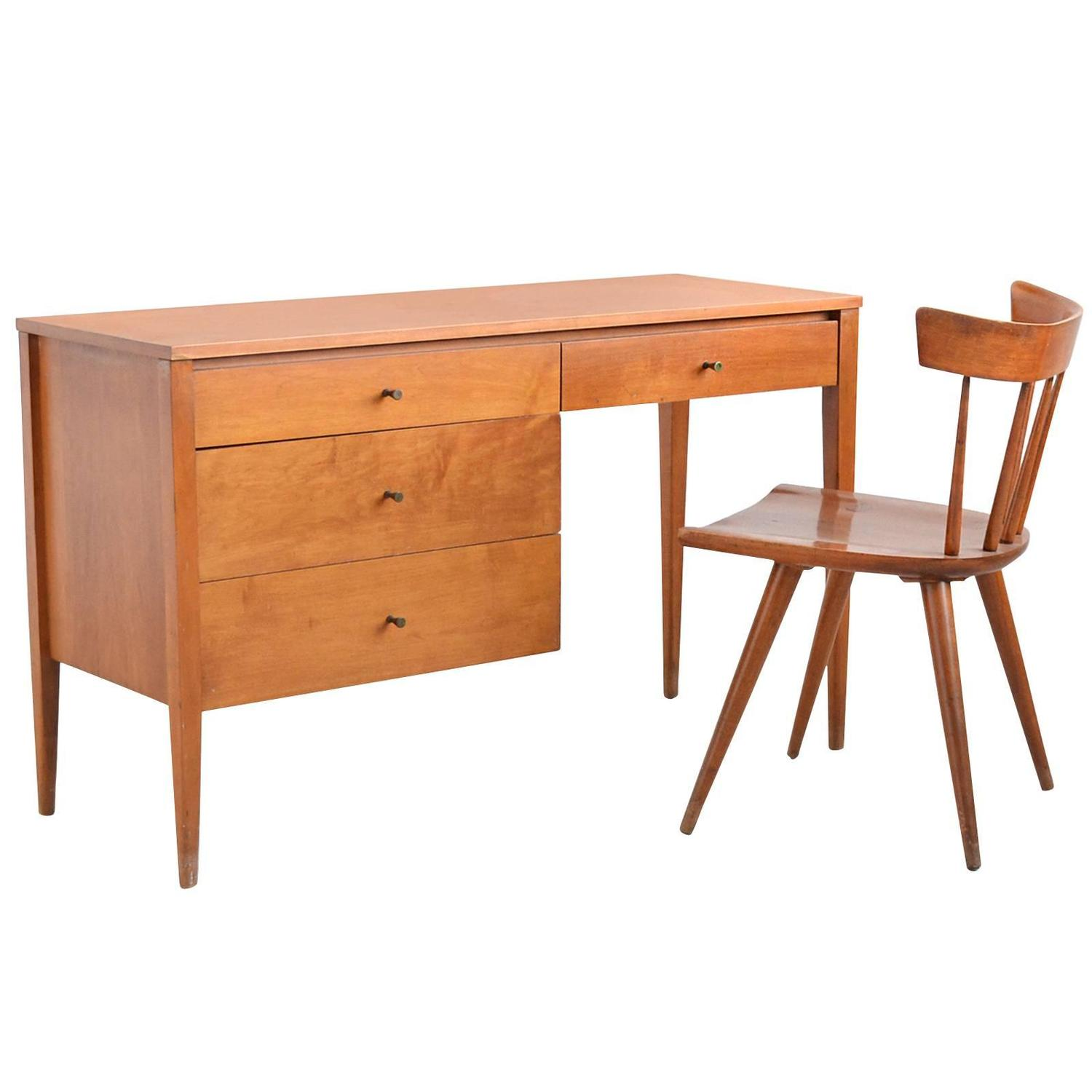 Paul McCobb Planner Group Desk and Chair by Winchendon For Sale at