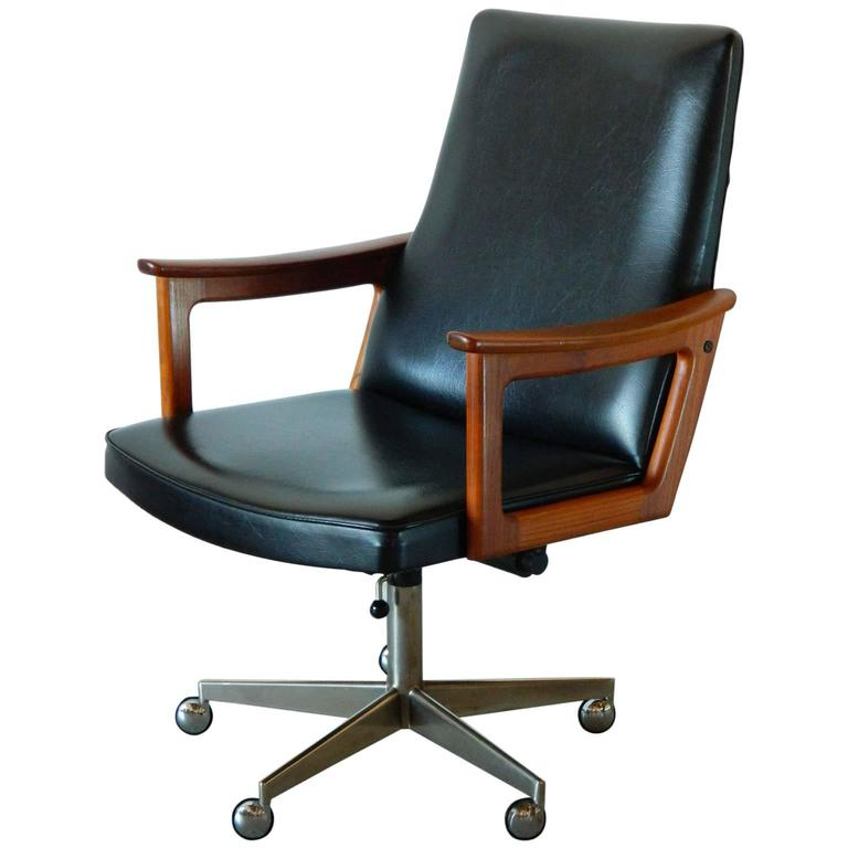 Mid-Century Modern Danish Teak Desk Chair in the style of Arne Vodder 1