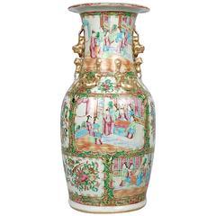 Große Porzellanvase mit Rosenmedaillon-Muster, China, 19. Jahrhundert