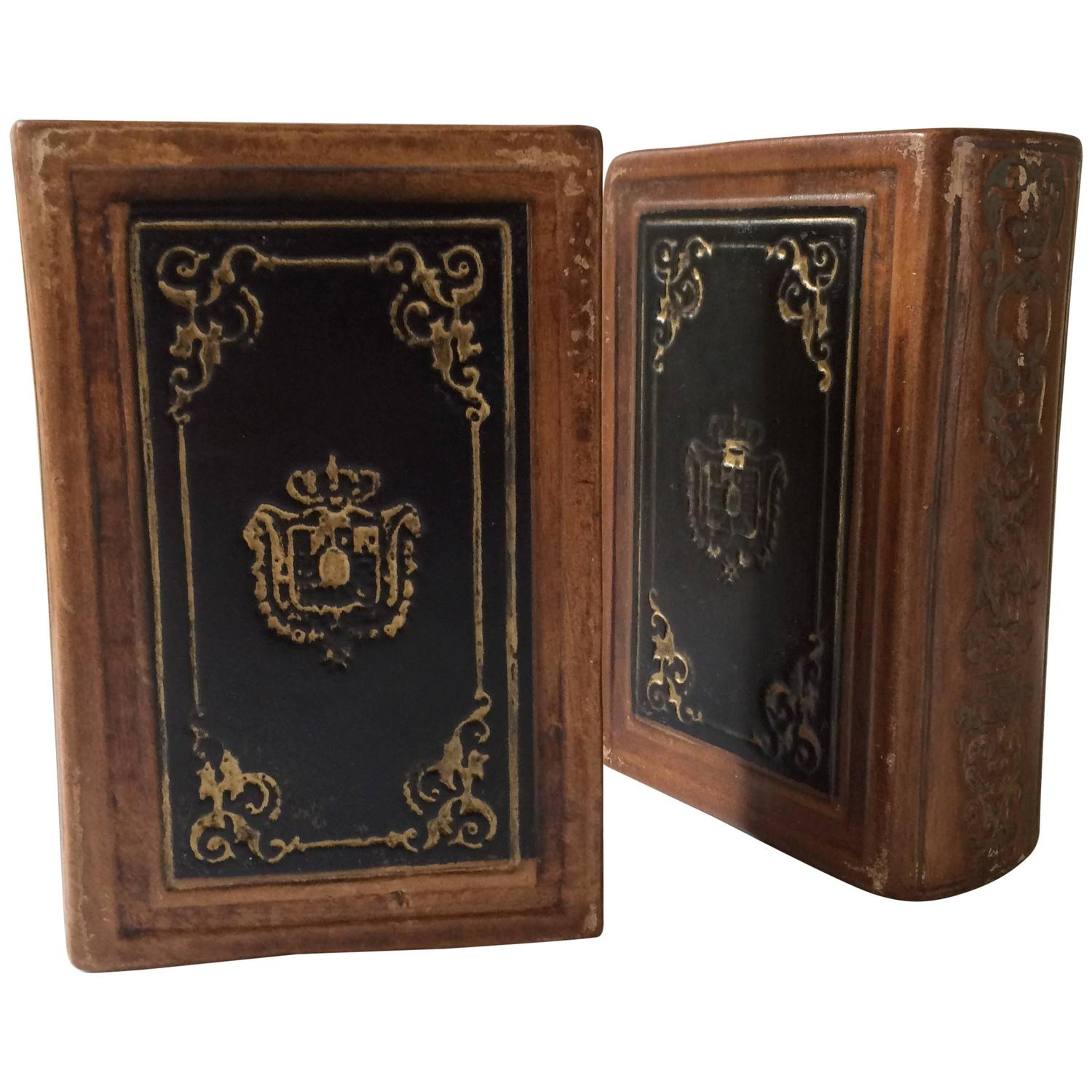 Leather Bound Book Bookends For Sale At 1stdibs