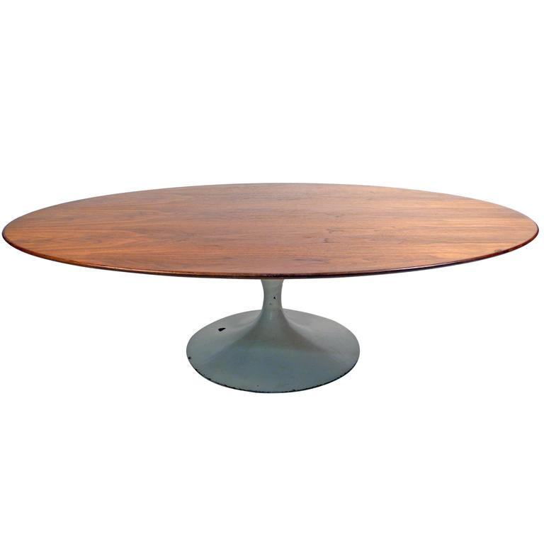 Early Knoll Coffee Table By Eero Saarinen At 1stdibs
