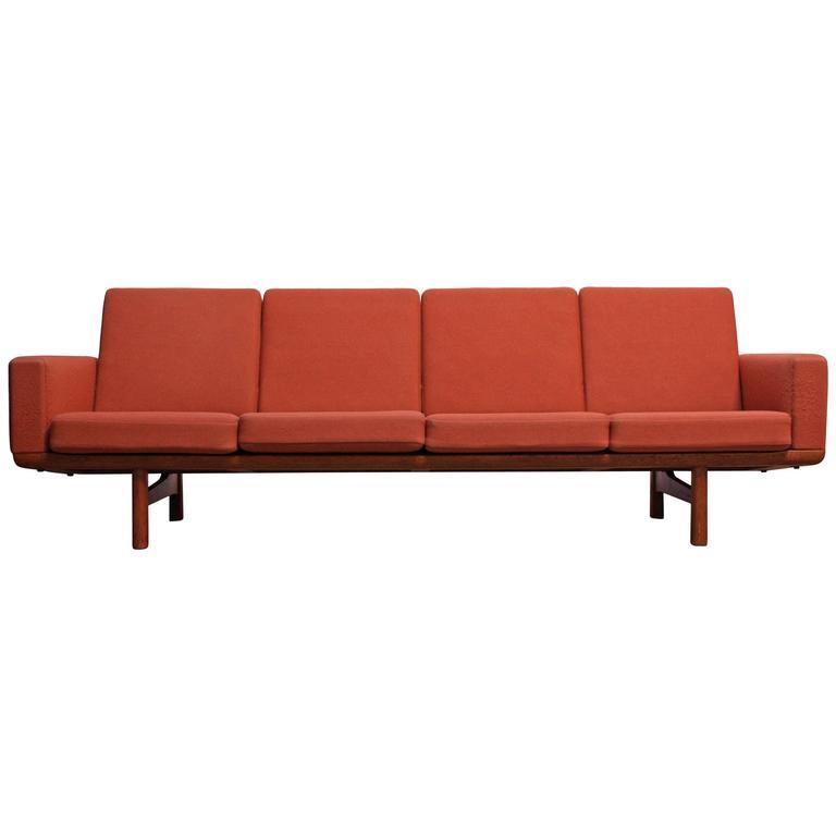 Hans Wegner for GETAMA Sofa 1