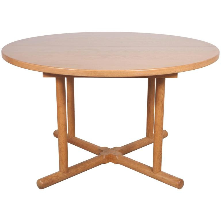 Oak Round Extension Table in the Style of Charlotte  : 3270153l from www.1stdibs.com size 768 x 768 jpeg 23kB