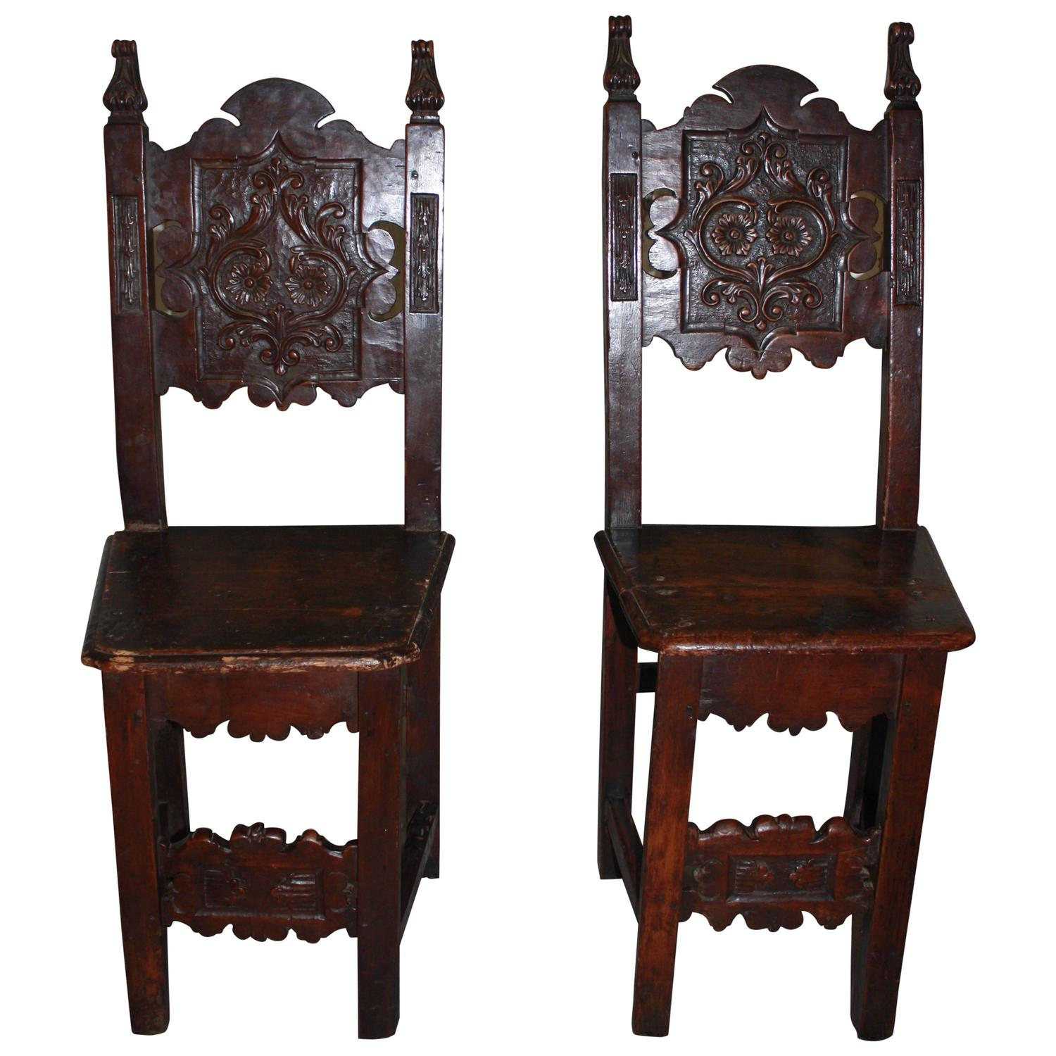 pair of 17th century french chairs for sale at 1stdibs. Black Bedroom Furniture Sets. Home Design Ideas