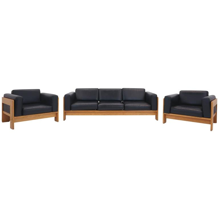 tobia scarpa bastiano walnut and black leather sofa and. Black Bedroom Furniture Sets. Home Design Ideas