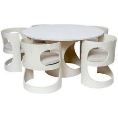 Arne Jacobsen Dining Table with Five Chairs and Five Reversible Seat Cushions