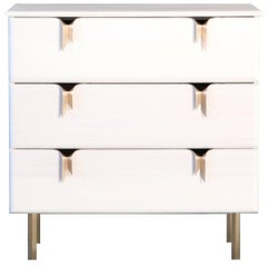 Ribbon Three-Drawer Dresser