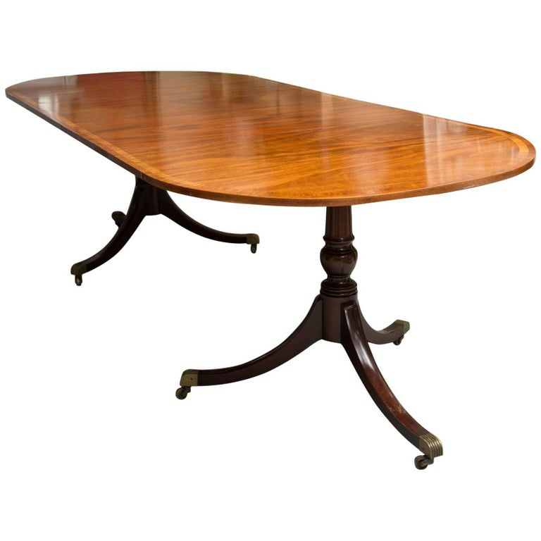 English George III Style Mahogany Twin Pedestal Mahogany Oval Dining Table For Sale