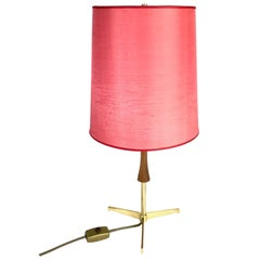 Midcentury J.T. Kalmar Brass Tripod Table Lamp, Red Shade, 1950s, Austria