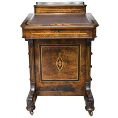 English Victorian Davenport Desk in Burled Walnut, circa 1870