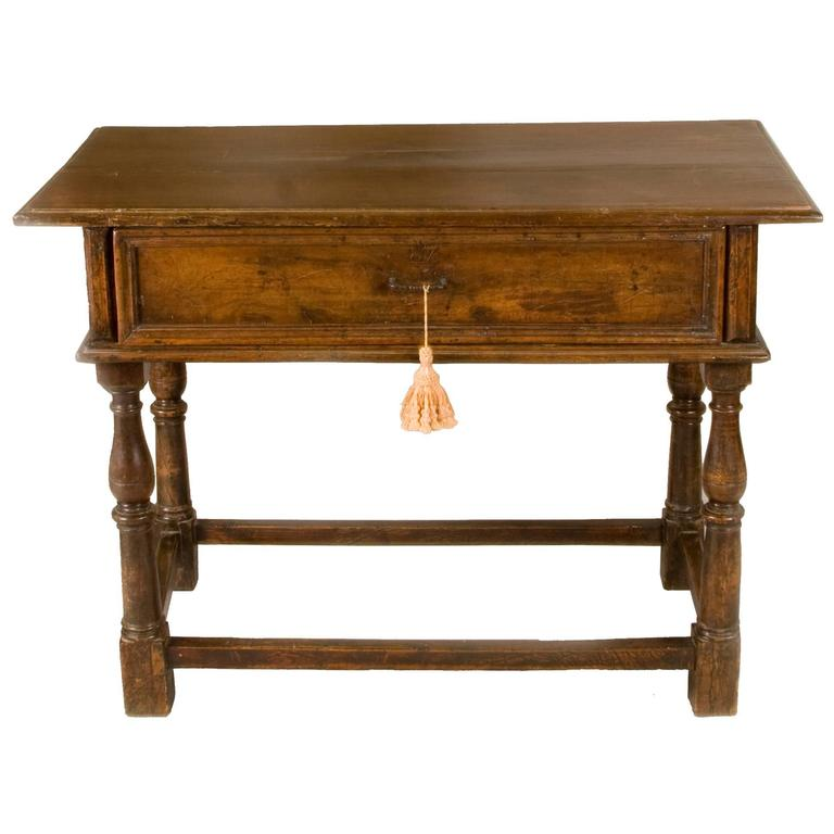 Late 17th-Early 18th Century Italian Table with One Drawer For Sale