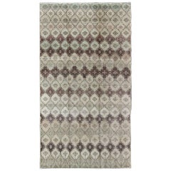 Vintage Art Deco Design Carpet in Modern Colors