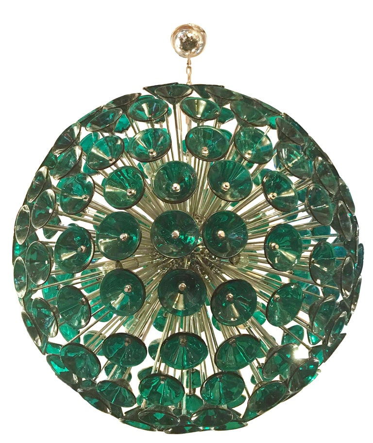 Vintage sputnik chandelier with 207 green Murano glass trumpets in the style of Vistosi on new metal frame by Fabio Ltd. available in chrome or 24k gold metal finish. 16 lights / E27 type / max 40W each Diameter: 43 inches / Height: 43 inches 1 in