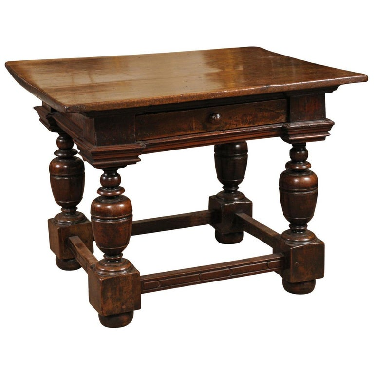 Early 18th Century Italian Renaissance Style Walnut Centre Table For Sale