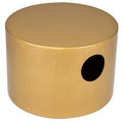 Invariants Gold Pouf