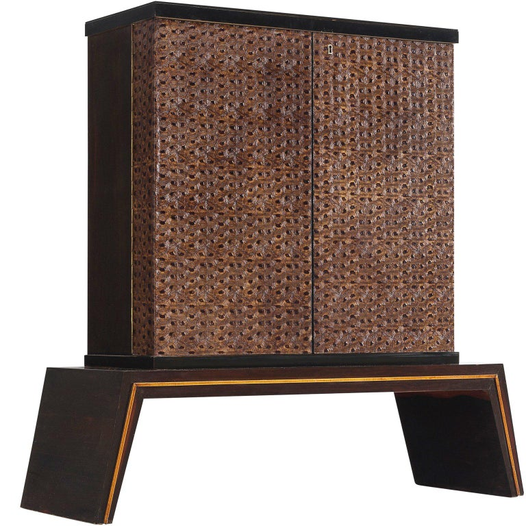 Italian Illuminated Patterned Dry Bar