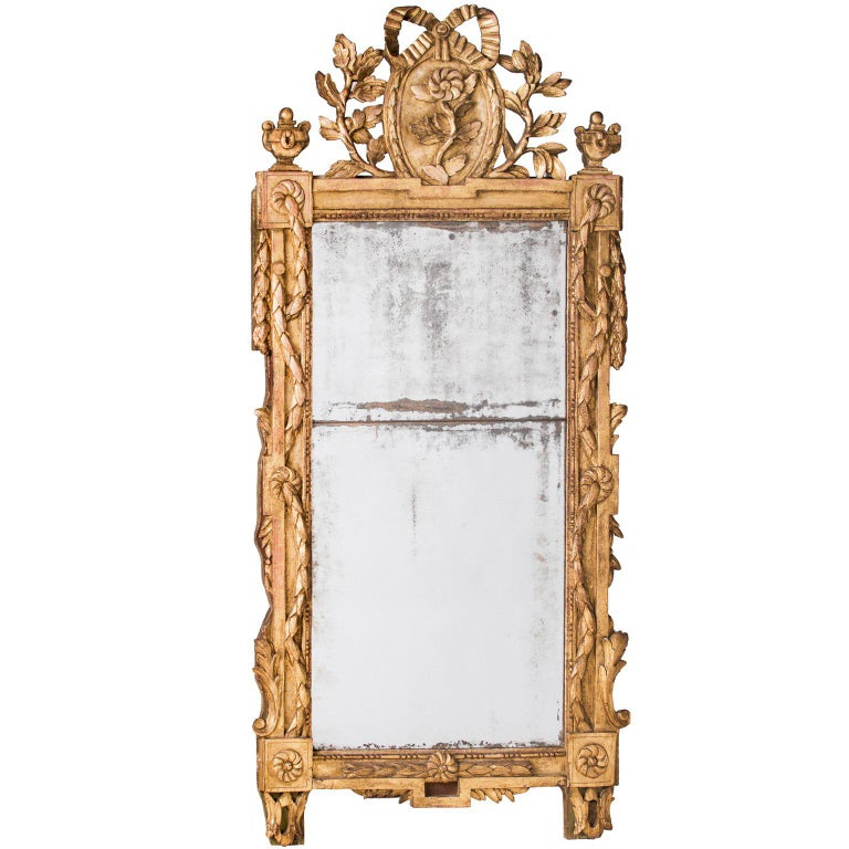 French Louis XVI Period Giltwood Mirror with Bow For Sale