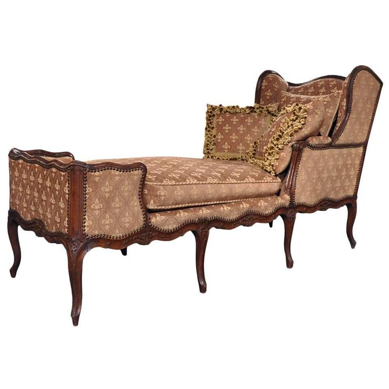 18th century french carved walnut louis xv chaise at 1stdibs. Black Bedroom Furniture Sets. Home Design Ideas