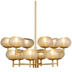 Donghia Renaldo Twelve-Arm Chandelier, Murano Glass in Champagne and Satin Gold