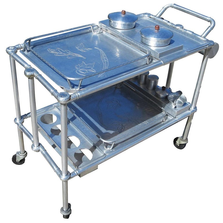 Russel Wright Hammered Aluminum Rolling Cart for Everlast Corp, 1940 For Sale