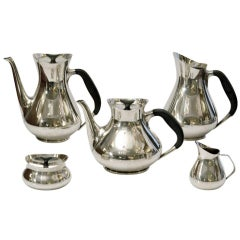 1960s Elegant Danish Silver Plated Tea and Coffee Set by Hans Bunde for Cohr
