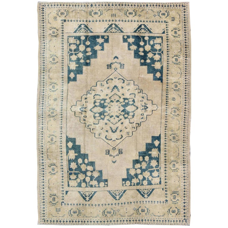 Vintage Turkish Oushak Rug in Blue and Cream colors For Sale