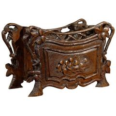 Black Forest Swiss Carved Oak Planter or Jardinière from the Late 19th Century