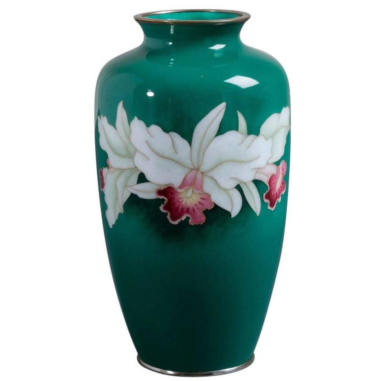 Japanese Cloisonné Enamel Vase from the Late Showa Period