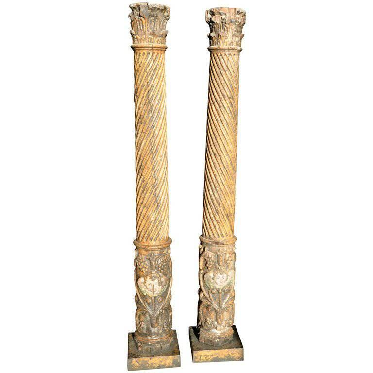 Pair of 17th Century Spanish Wooden Columns For Sale