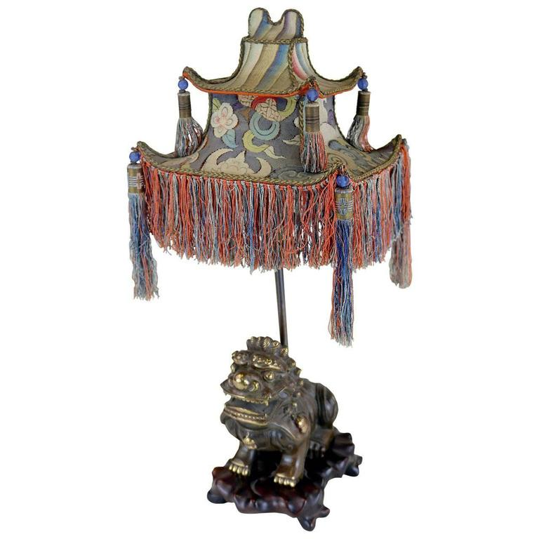 Rare Exotic 1920s Chinoiserie Lamp of Tasseled Pagoda Shade with Foo Dog Base For Sale