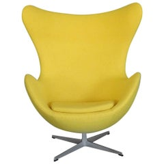 Properly Restored Arne Jacobsen yellow Egg Chair for Fritz Hansen Denmark