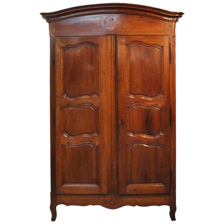French 18th Century Louis XV Armoire In Walnut For Sale