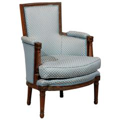18th Century French Louis XVI Bergere in Walnut