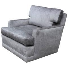 Stunning Modern Silver Velvet Swivel Baker Style Lounge Chair