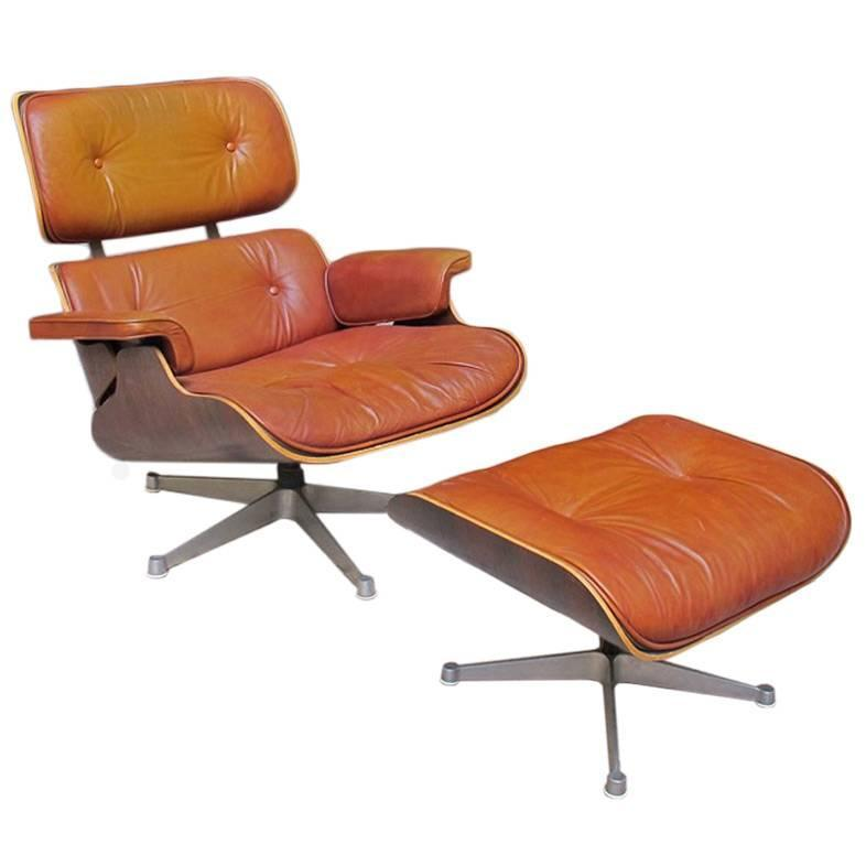 lounge chair and ottoman by charles and ray eames at 1stdibs. Black Bedroom Furniture Sets. Home Design Ideas