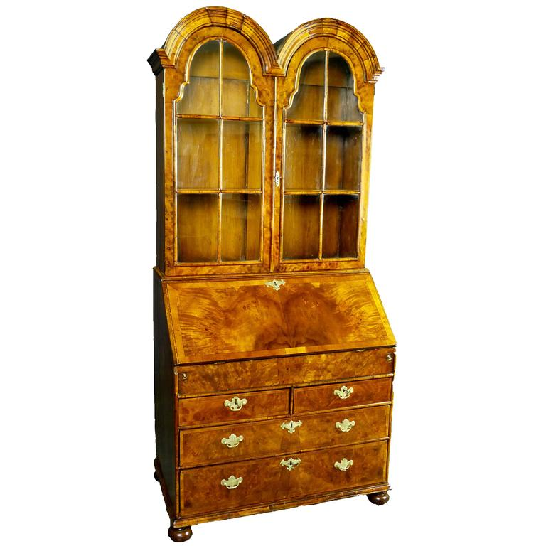 18th century queen anne double dome secretary bureau bookcase for sale at 1stdibs. Black Bedroom Furniture Sets. Home Design Ideas
