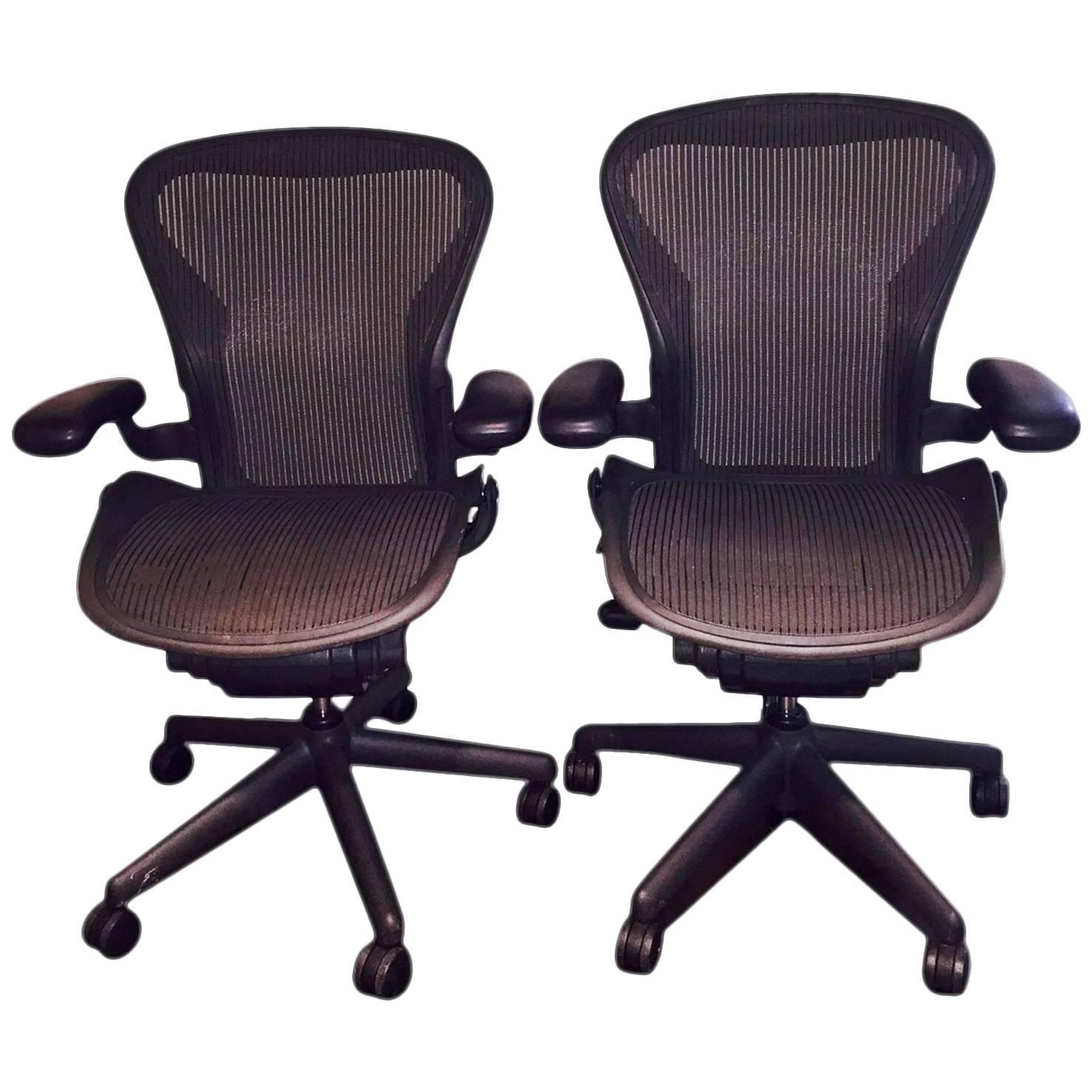 pair of herman miller aeron ergonomic chairs at 1stdibs