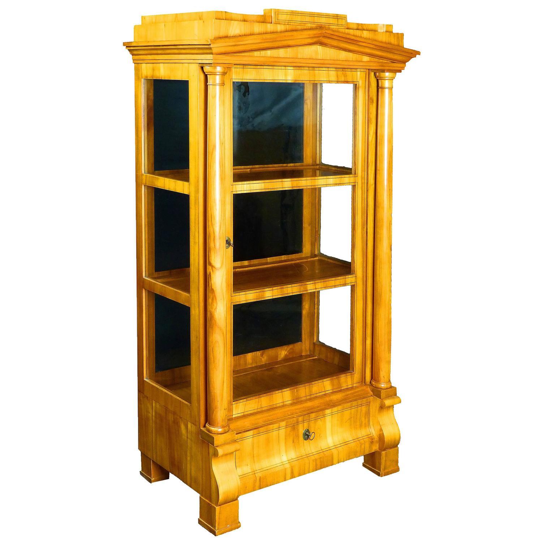 Biedermeier period vitrine display cabinet at 1stdibs for Sideboard vitrine