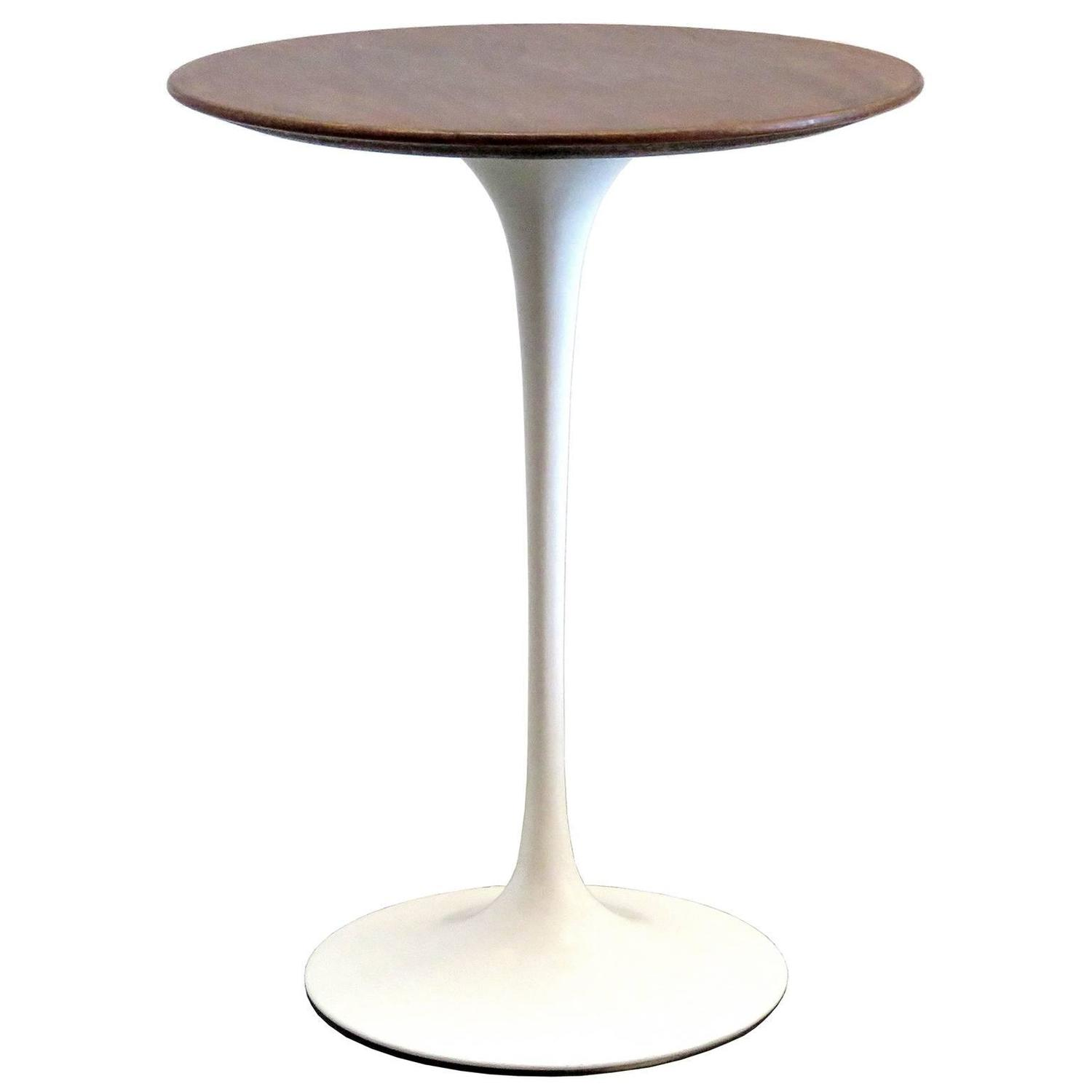 Eero saarinen for knoll 1950s walnut tulip table at 1stdibs for To the table