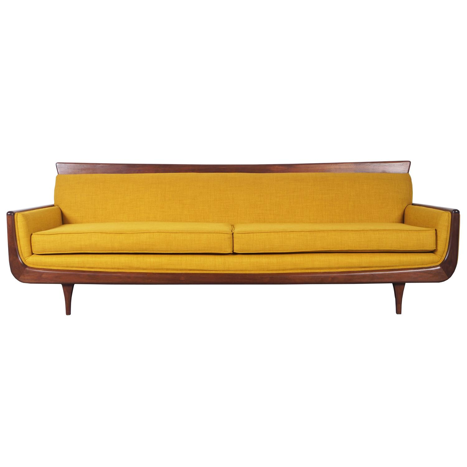 Mid century modern walnut sofa at 1stdibs for Mid century modern sofas
