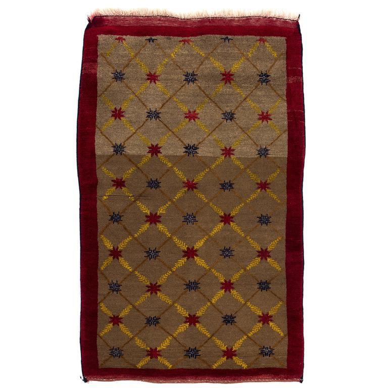 Camel Wool Karapinar Rug with Lattice Design