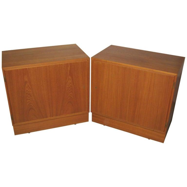 Poul Hundevad Danish Modern Cabinet Dresser