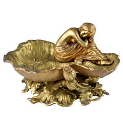 Late 19th Century Figural Maiden and Poppy Blossom Centerpiece Bowl