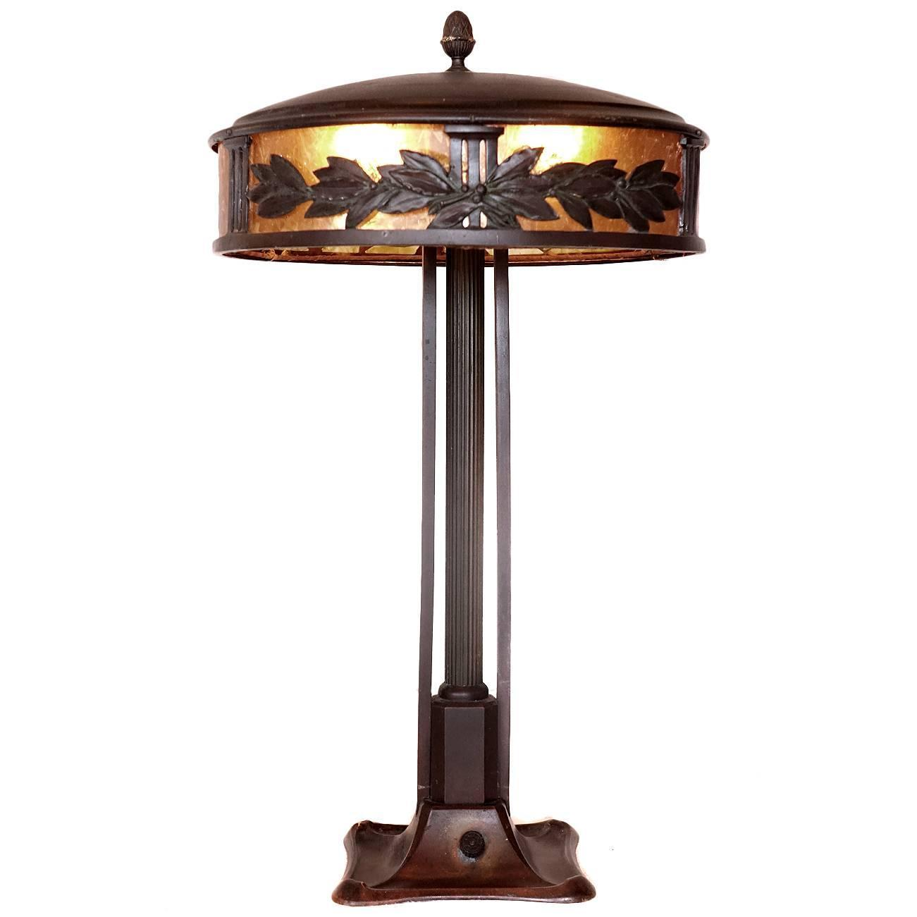 beautiful arts and crafts table lamp at 1stdibs. Black Bedroom Furniture Sets. Home Design Ideas