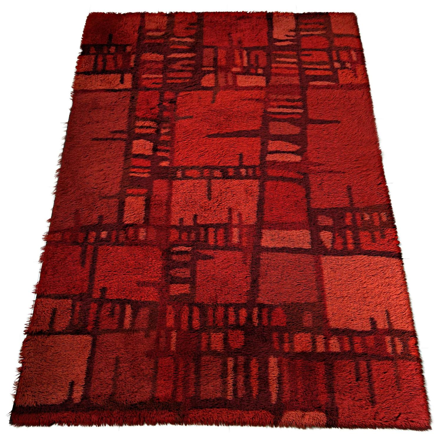 Mid 20th Century Modern Scandinavian Area Rug At 1stdibs: Huge Swedish Mid Century Red Rya Rug For Sale At 1stdibs