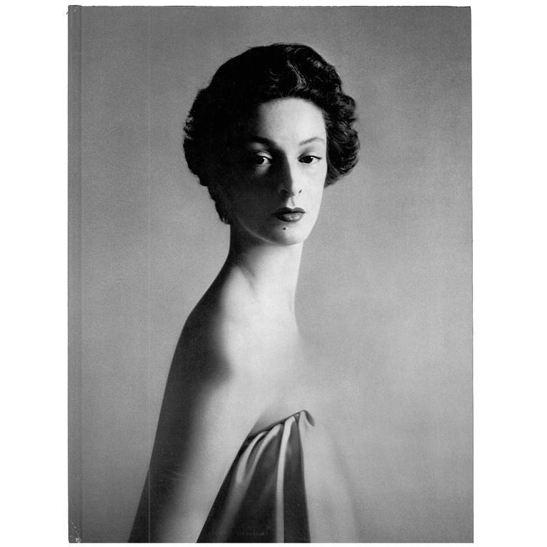 "Avedon, Photographs 1947-1977 ""Book"""