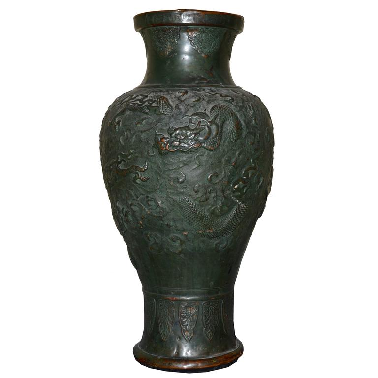 Large 19th century chinese temple vase or urn at 1stdibs - Large decorative vases and urns ...