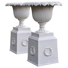 Outstanding Pair of Urns