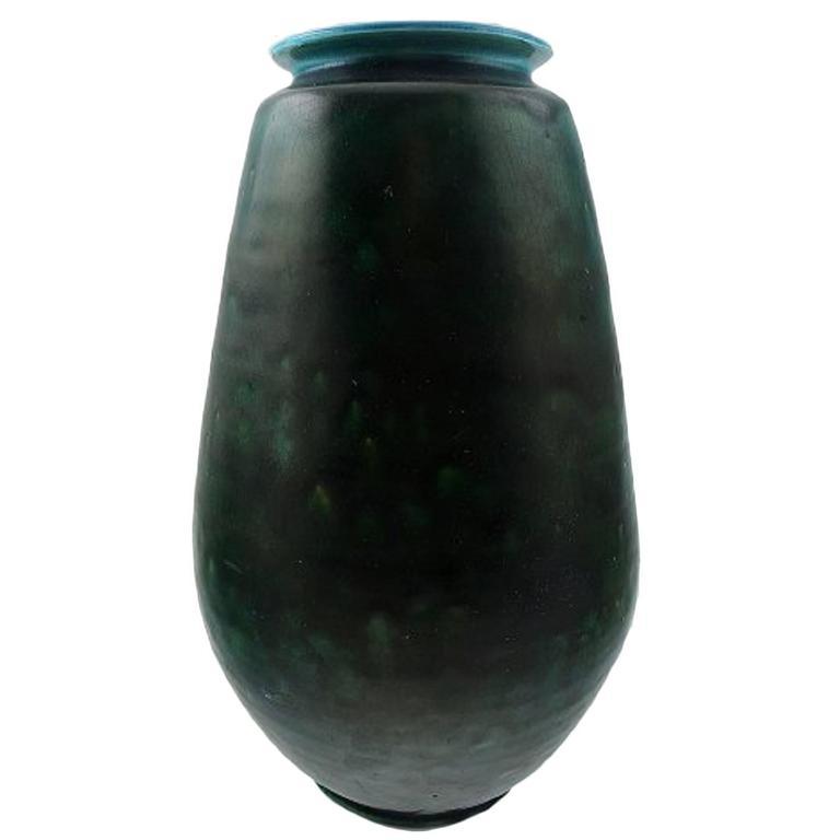large svend hammersh i glazed stoneware vase from k hler denmark 1930s for sale at 1stdibs. Black Bedroom Furniture Sets. Home Design Ideas
