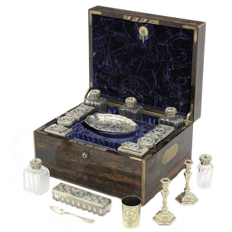 19th Century English Travelling Dressing Case